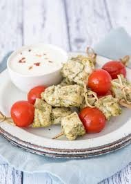 Hapjes bestellen? Hapje van kip en tomaat op feesthapje.nl!