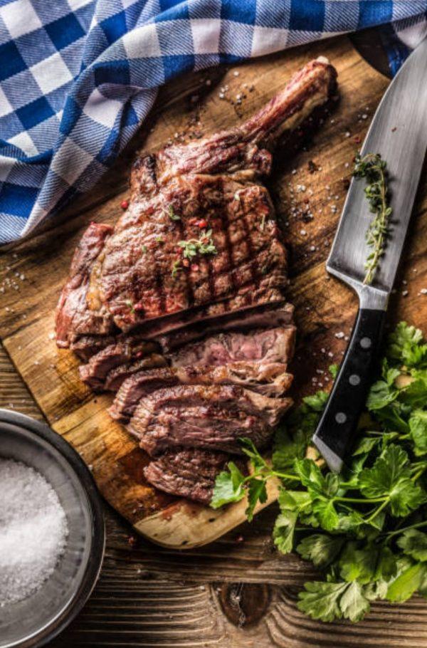 tomahawk_steak_bestellen_barbequevlees_bestellen